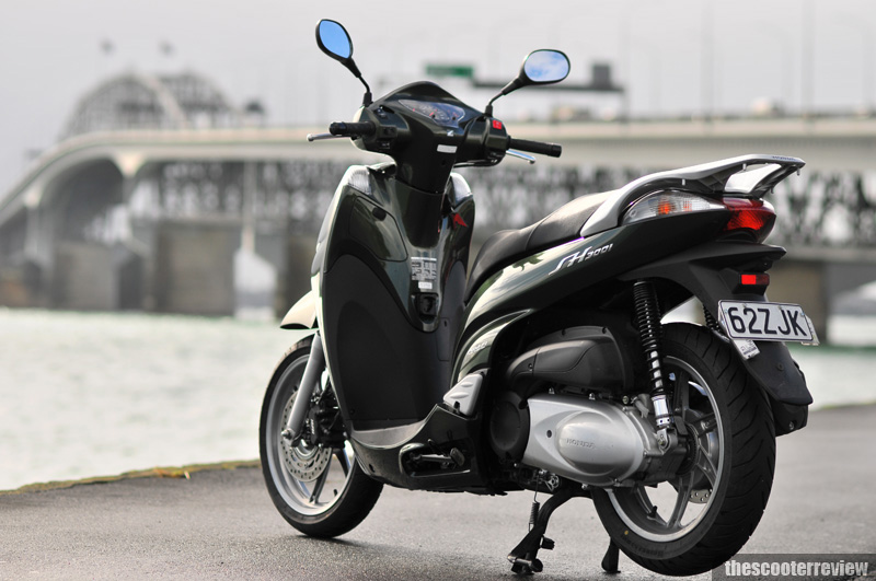 Honda Sh 300 The Scooter Review