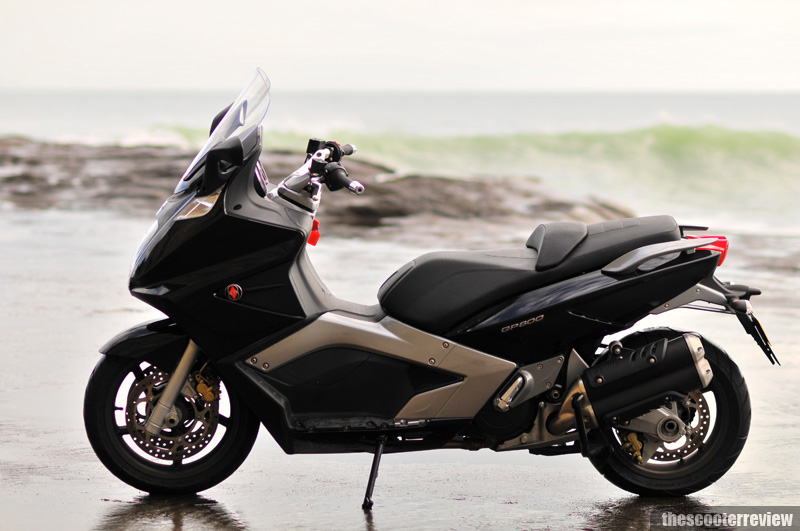 Gilera GP 800 - The Scooter Review