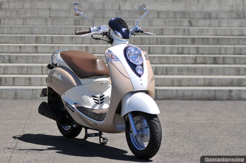 SYM Mio 50 - The Scooter Review