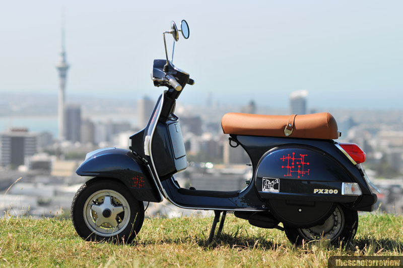 vespa px 200 review the scooter review. Black Bedroom Furniture Sets. Home Design Ideas